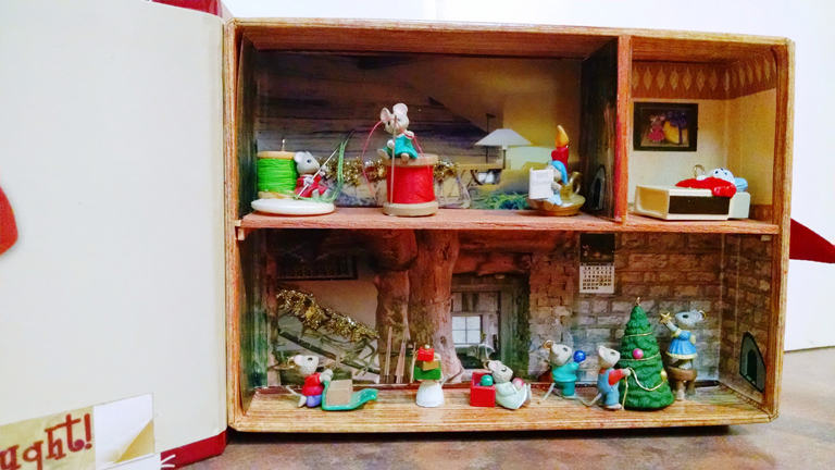 "2015 Hallmark Ornament Contest Third Place Winner: Claudia Heckert of Allyn, WA for her entry ""Night Before Christmas"""