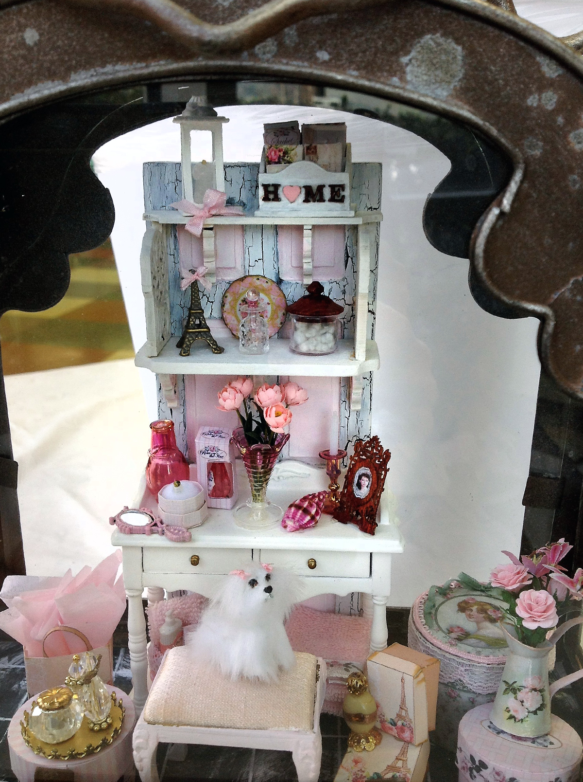 Shabby Chic Shelf Workshop in a Lantern by Juanita Landa