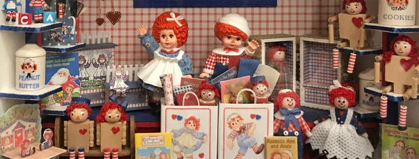 Barbara Fairbanks's Raggedy Ann and Andy Roombox
