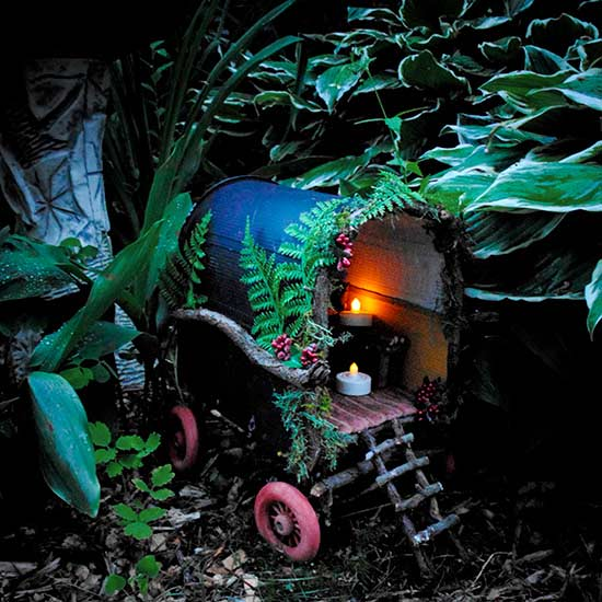Pixie Gypsy Caravan by artist Nichola Battilana of Pixie Hill.
